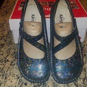 NWT Alegria Closed Toe Sandals, Multicolored Sz 8